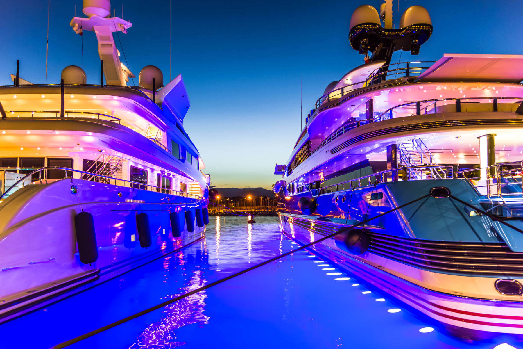 LUXURIA LIFESTYLE EVENT ON MAJORCA FOR 350 GUESTS AND 25 LUXURY BRANDS